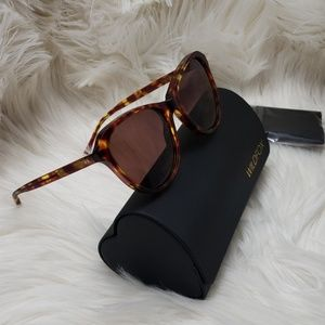 Wildfox Parker sunglasses new with case